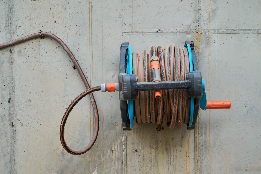 5 Best Uk Wall Mounted Hose Reels Reviewed Upgardener